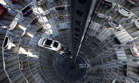 Vw Autoturm by Autostadt Wolfsburg Die Autot 252 Rme Volkswagen