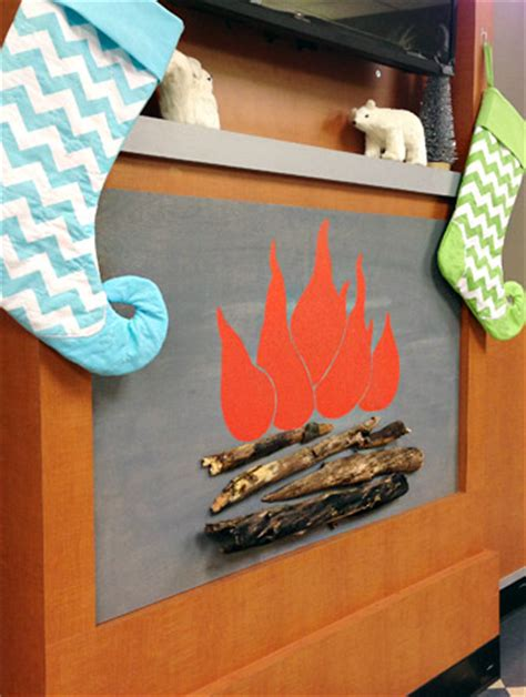 Cardboard Fireplace Decoration by 12 Tutorials To Make A Cardboard Fireplace Guide Patterns
