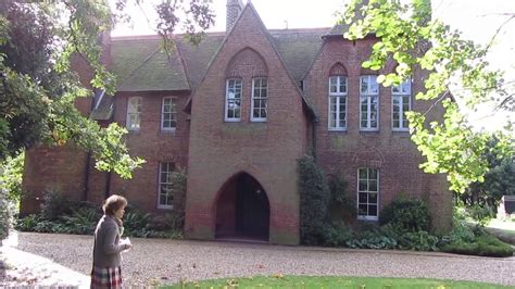 get the look william morris red house the chromologist the red house philip webb and william morris youtube