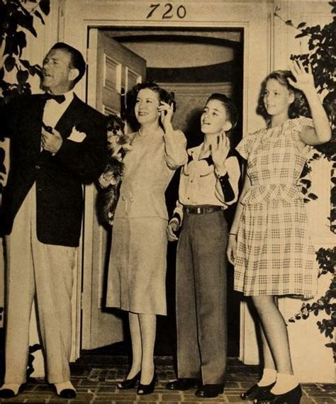 Tas L Mansur Gracie Classic george gracie ronnie sitcoms photo galleries