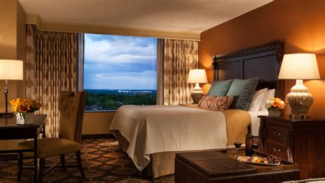 hotels with in room san antonio tx hotel rooms in san antonio omni hotel at the colonnade