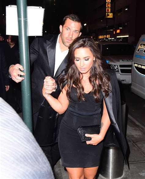 demi lovato and ufc demi lovato and ufc fighter luke rockhold hold hands in