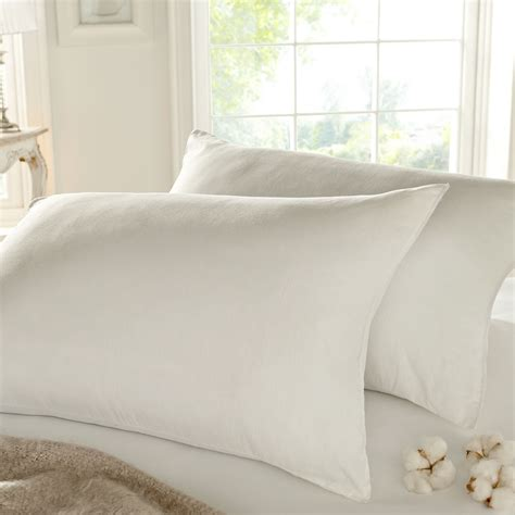 luxury bed pillows silentnight luxury anti allergy pillow pair includes 2