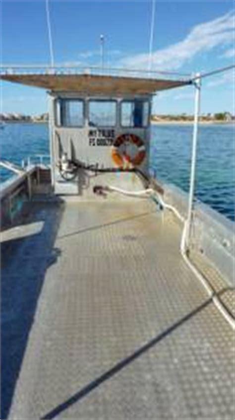 work boat punt for sale custom oyster punt work boat commercial vessel boats