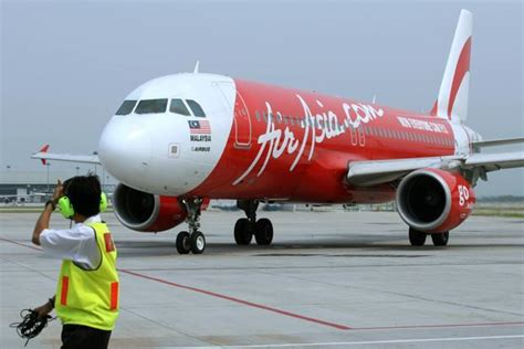 airasia free bagasi airasia becomes first low fare airline to introduce