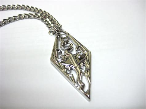 how to make jewelry in skyrim skyrim elder scrolls necklace pan in the box singapore