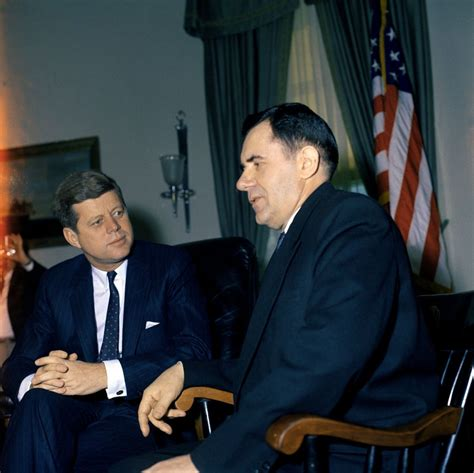 Jfk Oval Office by St M22 1 61 President John F Kennedy Meets With Minister