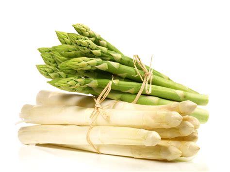 cuisiner des asperges des recettes d asperges qui nous bottent recettes d