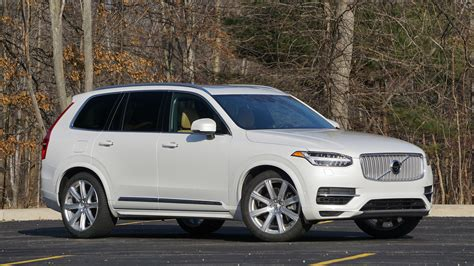 Xc90 T8 Reviews by 2017 Volvo Xc90 T8 Review Motor1 Photos