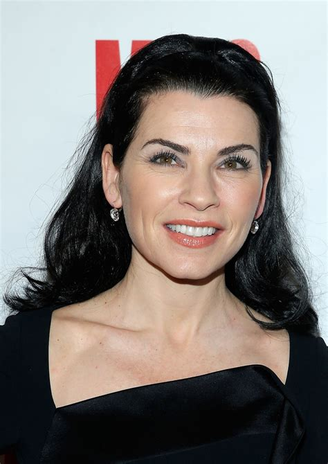julianna margulies new hair cut julianna margulies long wavy cut long wavy cut lookbook