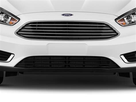 Car Grille Types by Image 2017 Ford Focus Titanium Sedan Grille Size 1024 X