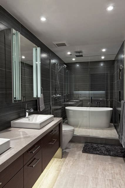gwt bathrooms river north condo iii