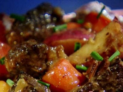 alton brown beef stew slacker jacks recipe alton brown food network