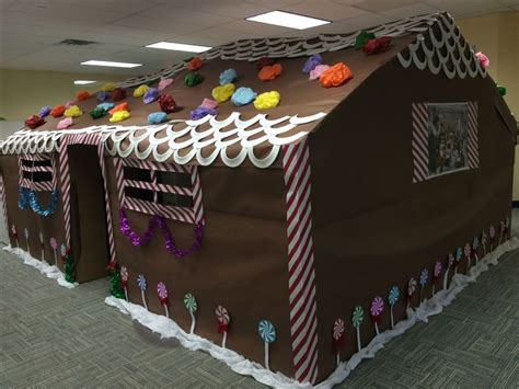 giner bread cubicle christmas decorations 10 best gingerbread house images on gingerbread houses gingerbread house