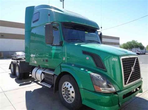 2010 volvo truck volvo 670 2010 sleeper semi trucks