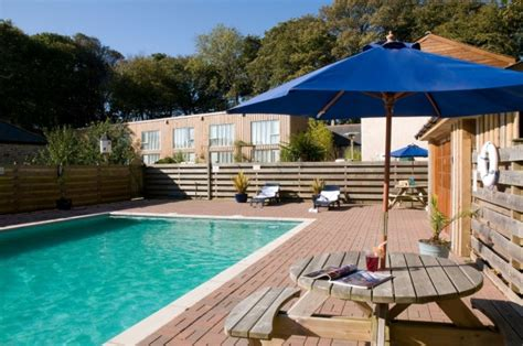 cornwall cottages with pools cottages with swimming pools
