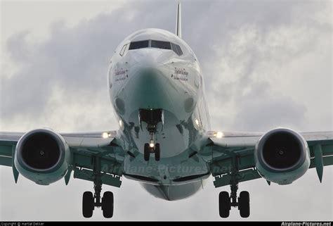 Tab A 8 0 Intl 9y tab caribbean airlines boeing 737 800 at sint maarten