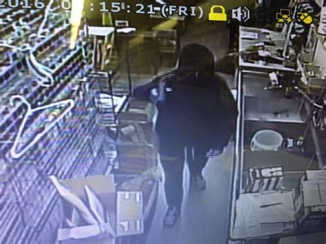 Bloomington Indiana Arrest Records Search For Suspect After Armed Robbery Prompts Alert At Indiana