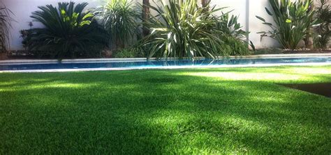 erba sintetica terrazzo erba sintetica per terrazze per creare il tuo giardino di casa