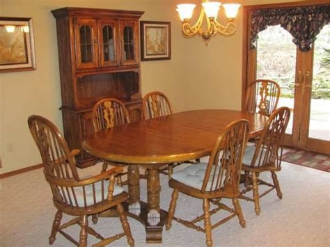 oak dining room set table   chairs  sale