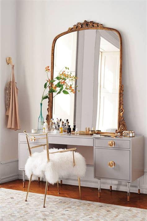 bedroom inspirative modern makeup vanity  elegant