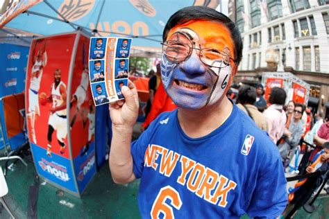 new york knicks fans knicks in the community new york knicks