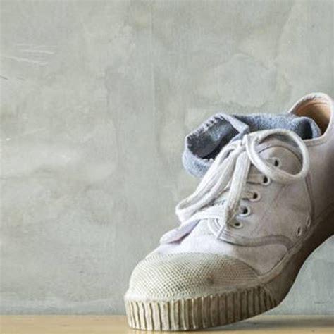 Stinkende Schuhe Natron by Stinkende Schuhe Dieser Sos Trick Hilft Sofort
