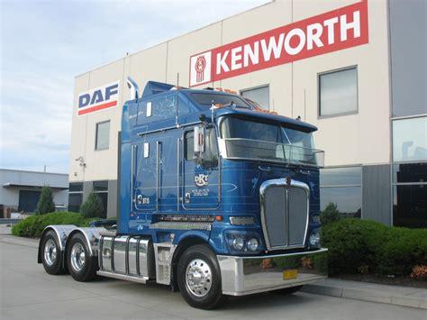 big kenworth kenworth k200 2 8m aerodyne big cab 6x4 de 2011 de la