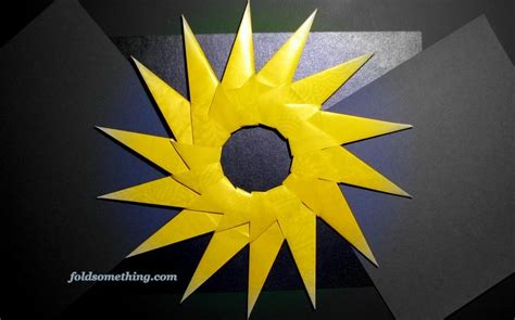 16 Pointed Origami - fichier origami yellow jpg wikip 233 dia