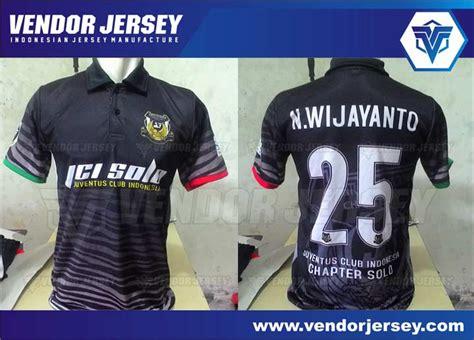 Setelan Baju Futsal Nama Dan Nomor Punggung 11 bikin kostum bola futsal dengan logo di nomor punggung