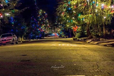 6 neighborhoods with the wildest holiday decorations sun