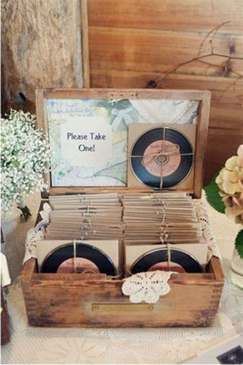 diy vintage wedding favor ideas 7 of the best wedding favors for guests getting