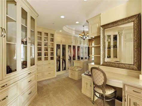 awesome walk in closet walk in closets pinterest