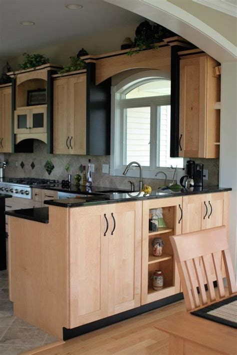 Kitchen Decorating Accent Pieces by Black Accents Black Granite And Cabinets On
