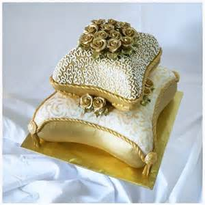 pillow cakes wedding cake with roses description from