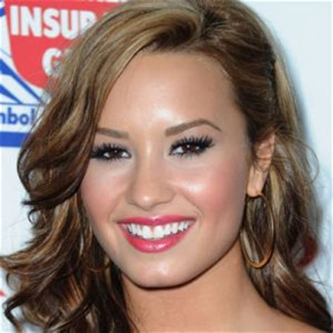 demi lovato biography early life demi lovato actress singer television actress