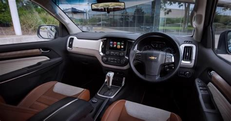 chevrolet trailblazer 2020 interior 2019 chevy trailblazer colors release date changes