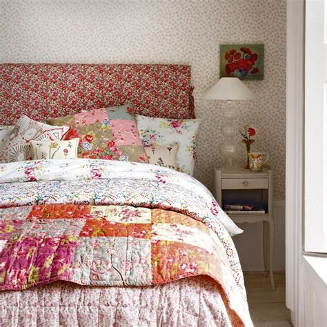 floral bedroom ideas floral vintage look bedroom bedroom designs decorating