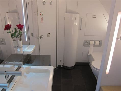 lufthansa first class bathroom the five nicest airplane bathrooms one mile at a time