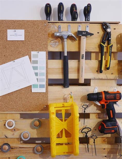 Fabriquer Meuble En Palette by Fabriquer Rangement Mural Pour Outils De Bricolage En