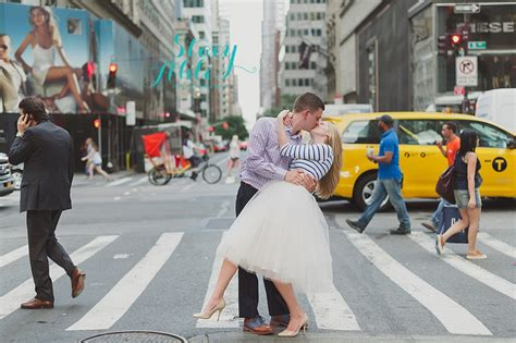 couch surf nyc summer west village new york city engagement photography