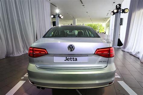 volkswagen jetta rear volkswagen jetta facelifted and certified as eev
