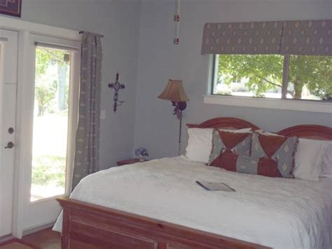 Marble Falls Bed And Breakfast by Cowboy Cottage Picture Of Vista Bed And Breakfast