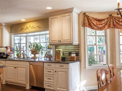 Kitchen Window Valences Contemporary Kitchen Window Treatments Hgtv Pictures