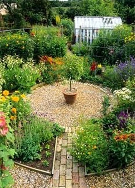 1000 images about circular themed garden ideas on