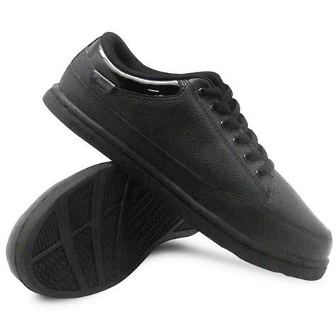 Fans Eureka Sepatu Diskon 1 sepatu fans koleksi sepatu sekolah dan dewasa deals for only rp159 000 instead of rp189 000