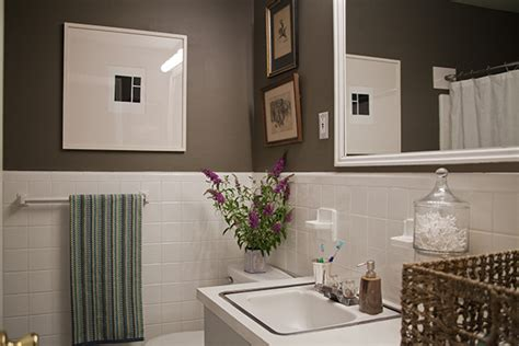 Simple Small Bathroom Makeovers by A Simple Inexpensive Bathroom Makeover For Renters