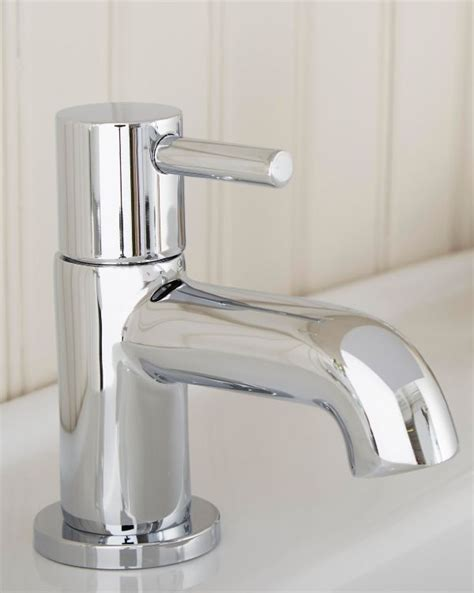 Bathroom Taps With Shower Bathroom Taps Basin Bath Taps Diy At B Q