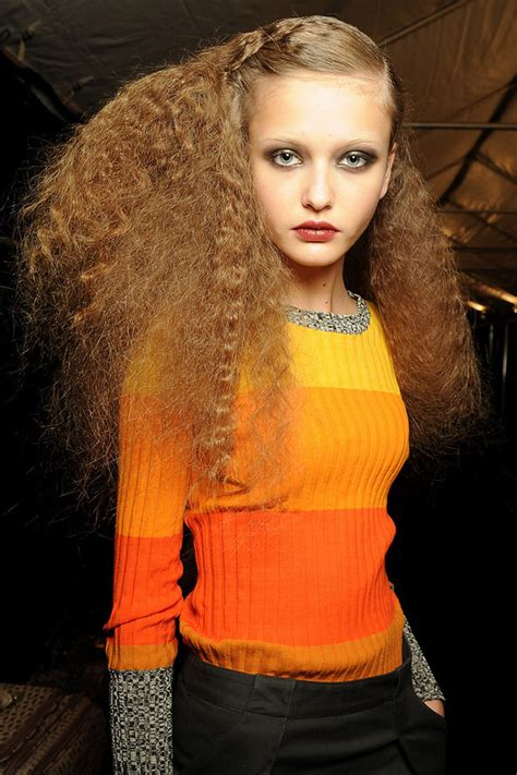 marc jacobs runway models shag hairstyles fashion gossip hair trend alert 70s frizz