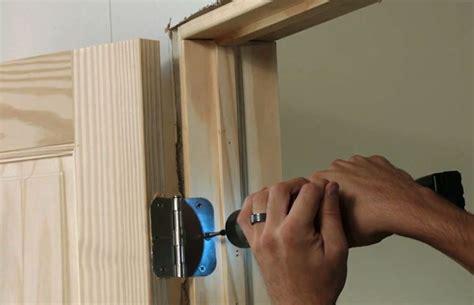 come montare porte interne montare una porta porte interne montaggio porte